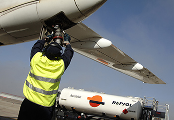 refuelling aircraft, Repsol