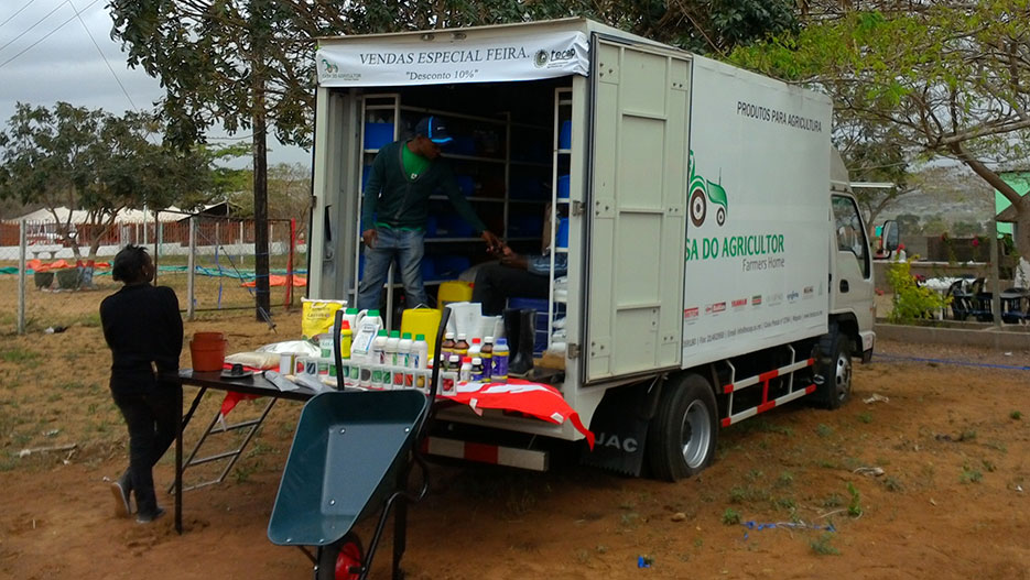 Casa do Agricultor delivers products all around the country with its trucks