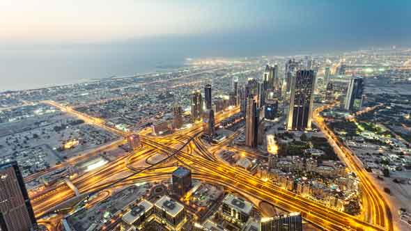 UAE Finances Strengthening But Risks In Dubai Linger